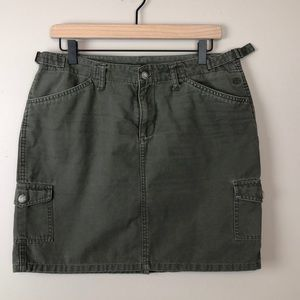 The North Face Army Green Skirt w Pockets